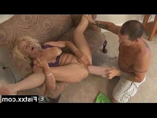 Tempting fisting woman fucked deep and hard